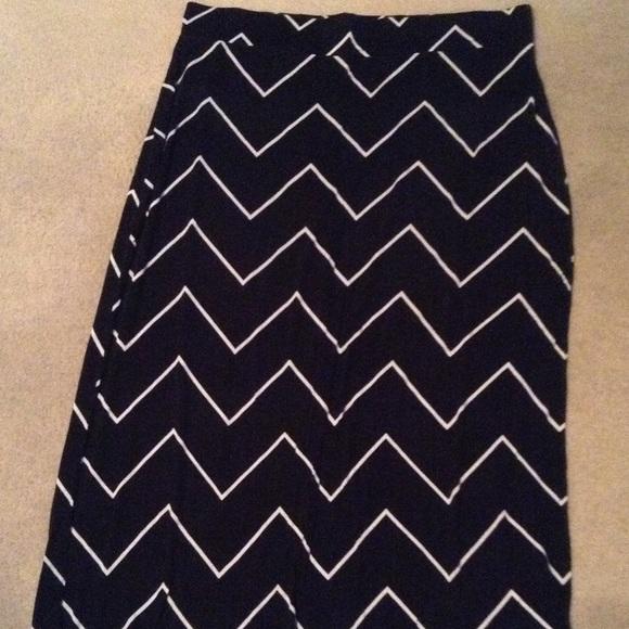 6e11db3b52 jcpenney Dresses & Skirts - Ana Jcpenney black chevron maxi skirt